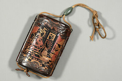 Makie Lacquered Wooden Inro Ojime Samurai Pillbox Case Japanese or Chinese