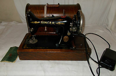 ANTIQUE Singer SEWING Machine 99k 1917 Electric PEDAL In WOODEN Case