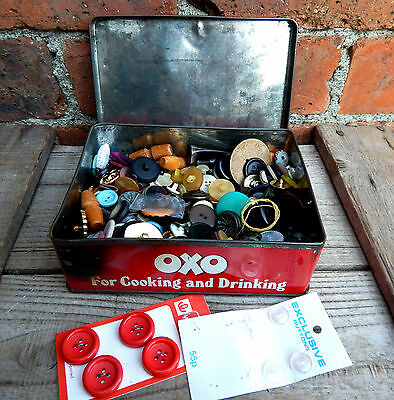 Vintage OXO Tin of Assorted Vintage Buttons Mixed - Sewing Craft - 452g