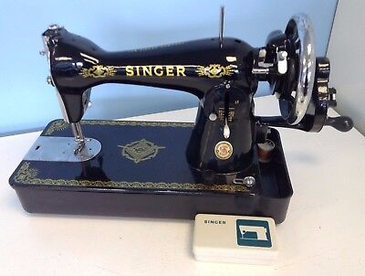 7Vintage Singer Manual Hand Cranked Sewing Machine With Extras