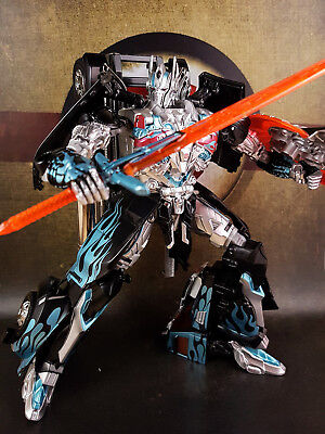 TakaraTomy Transformers AD-31B Leader Class Optimus Prime Black Knight AOE movie