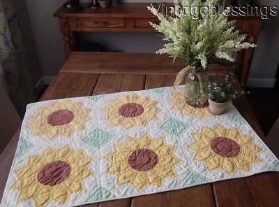 "Fall Decor! Vintage Sunflower Crib or Table QUILT 32 1/2"" x 22"""
