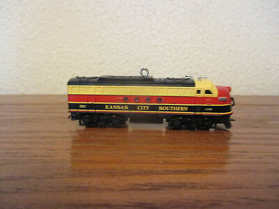 Hallmark Lionel Kansas City Southern Locomotive Train Ornament