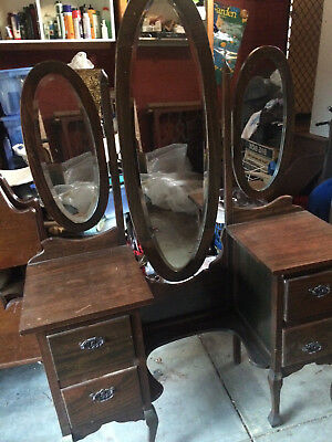 Dressing Table Antique,3 Oval Mirrors,4 Drawers