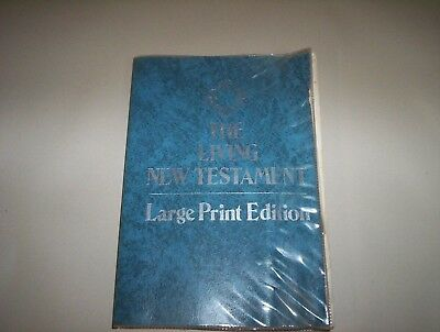 The New Living Testament Large Print Edition By Tyndale House Publishers USA