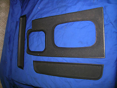 D2 Land Rover Discovery dash rubber mat inserts and T bar surround mat auto