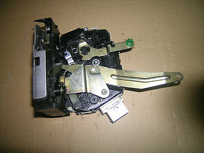 D2 Land Rover Discovery tail gate or very back door lock actuator