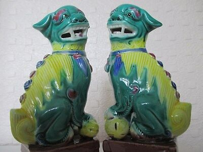 Pair of Beautiful Chinese - Oriental Fu Dogs on Pedestals (6 inches)