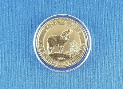2015 Canada 3/4 oz .9999 Silver Grey Wolf BU in Air-Tite Capsule with Spotting