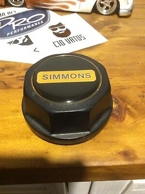 Simmons wheels centre cap Can Post