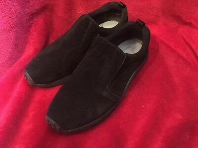 UNISEX COTTON TRADERS Trainers / Pumps. Size 9. Black. GREAT Condition.