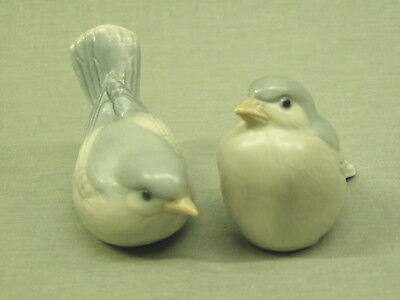 "Vintage Bird Figurines miniature bluebird Statues ceramic porcelain 2-1/2"" tall"