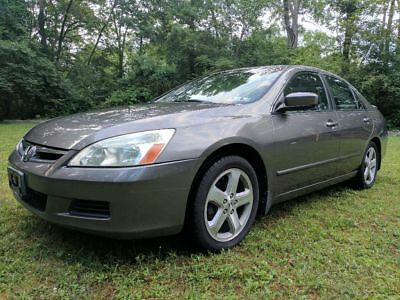 2006 Honda Accord  V6, Rare Manual 6 speed, Leather, Sun Roof, Xtra Snow Tire set