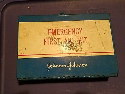 Vintage Johnson & Johnson General First Aid Kit Metal Wall Mount FREE SHIPPING