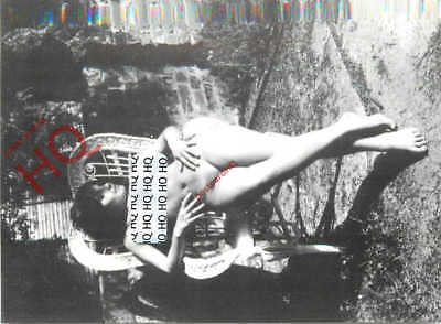 Picture Postcard-:Nude Lady (small postcard)