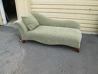 58214 Modern Fainting Couch Chaise Lounge