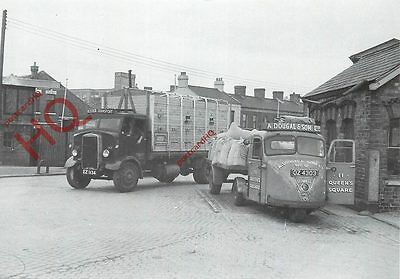 Postcard::1951 Scammell Scarab, With 1935 Leyland Beaver (Ulster Transport)