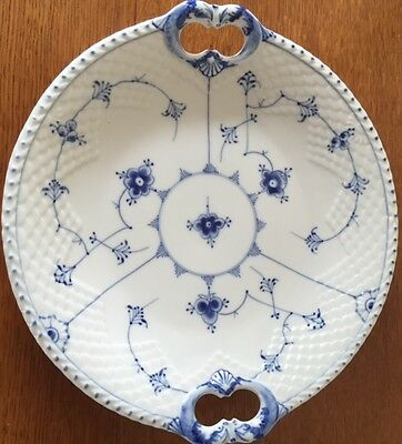 Bing and Grondahl Traditional Blue serving dish