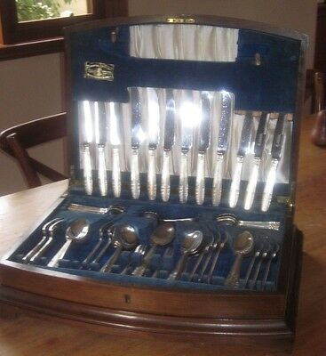 Viner and Hall Silver Jubilee cutlery canteen in mahogany case