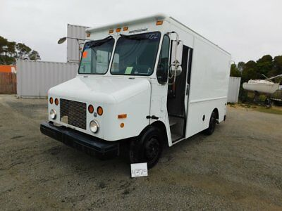 2002 Freightliner Cummings MT45 5.9 L L6 Diesel - 20.5 feet  - No Reserve Mint !