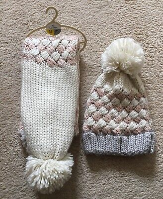 ** Lovely Girls Brand New Winter Hat And Scarf From Next 5-6 Years **
