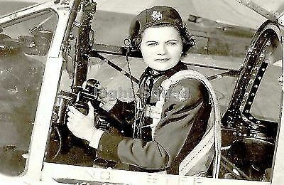 WW2 Picture Photo 1943 American pilot Margaret Ray in flying gear 2205