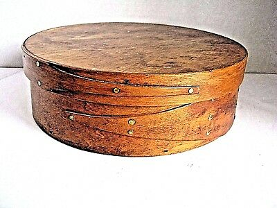 Vintage Round Wooden Shaker Type Box With Lid, Sewing (?)