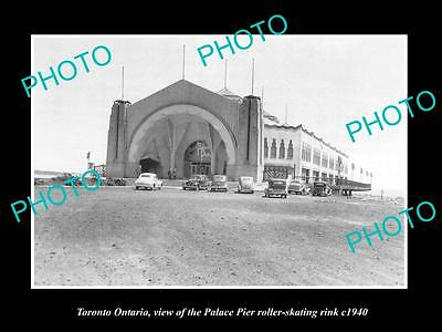 OLD LARGE HISTORIC PHOTO OF TORONTO ONTARIO, THE PALACE PIER SKATING RINK c1940