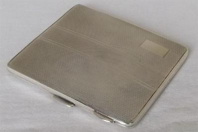 A STUNNING SOLID STERLING SILVER CIGARETTE CASE BIRMINGHAM 1947 WEIGHS 130 grams