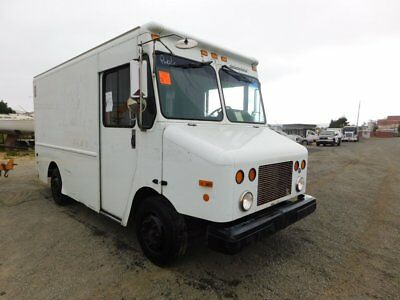 2002 Freightliner MT45 Step Van Walk In Box Truck Cummins 5.9L L6 Diesel 112k Mi
