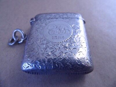 Pretty Victorian Sterling Silver Leaves Vesta Case 1894