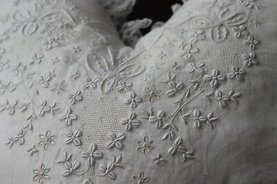 Vtg Antique French Embroidered Boudoir Tambour Net Lace Pillow Large Heart Shape