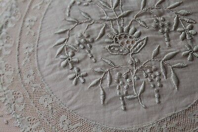 Vtg Antique French Embroidered Normandy Boudoir Net Lace Pillow Round Shape