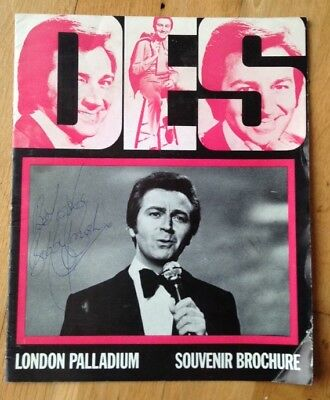 DES O'CONNOR ENTERTAINS programme @ LONDON PALLADIUM