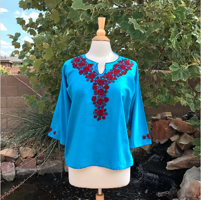 Size M Mexican hand embroidered blouse from Chiapas  Handmade peasant top