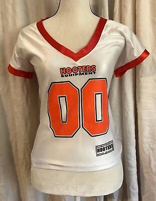 HOOTERS Jersey~ Small ~ Barbie on Back