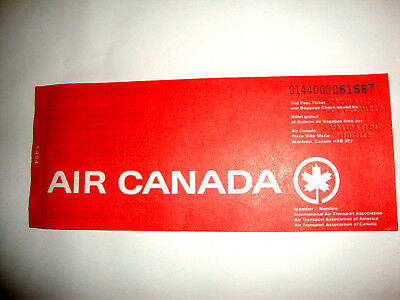 AIR CANADA PASSENGER TICKET AND BAGGAGE CHECK. ancien billet