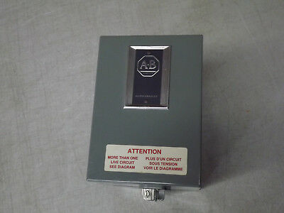Allen Bradley 700-P200A1 AC Relay 115Vac Coil in Enclosure 700-PD201A1 NEW