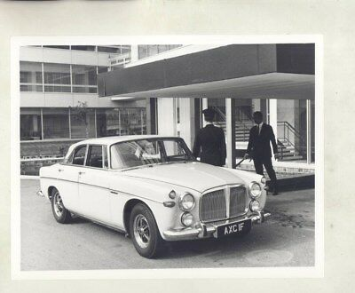 1970 ? Rover 3 1/2 Liter Coupe ORIGINAL Factory Photograph wy5884