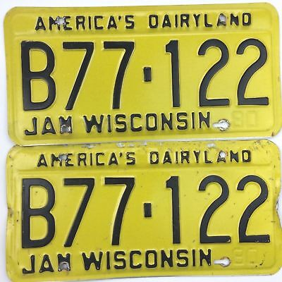 Wisconsin 1980 Pair License Plate Garage Old Car Set Man Cave No Stickers Auto