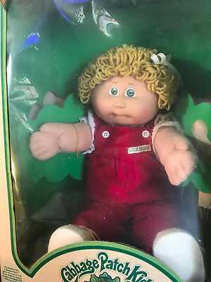 Old Vtg 1983 Cabbage Patch Kellie Jocelyn In Box With Papers