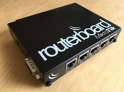 Mikrotik Routerboard 450G (RB450G). With Indoor Case and Power Supply.