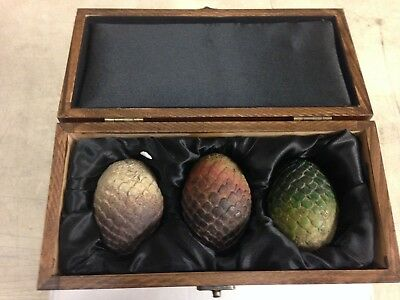 Game of Thrones Dragon Egg Prop Replica Set in Wooden Box, Brand New