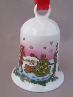 Hutschenreuther Highlands Christmas Porcelain Bell Ornament Germany 2001