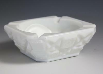 Vintage Westmoreland Old Quilt Pattern Milk Glass Ashtray Ash Tray