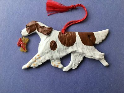 Red & White Setter w/Bone -Artist sculpted Dog Breed Ornament