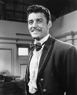 """Zorro""  Guy Williams  8x10 Television Memorabilia FREE US SHIPPING"