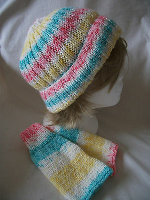 Hand-knitted Ribbed Hat and Wrist Warmers – Ref 1501
