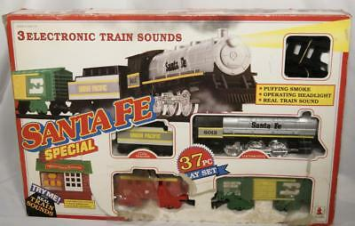 Vintage 1990 Scientific Toys Battery Powered Santa Fe Special Train Set 37 pcs