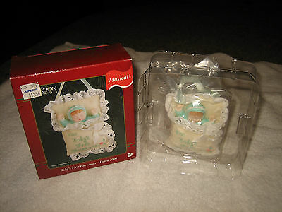 Carlton Cards Heirloom Collection 2000 Baby First Christmas Ornament Musical